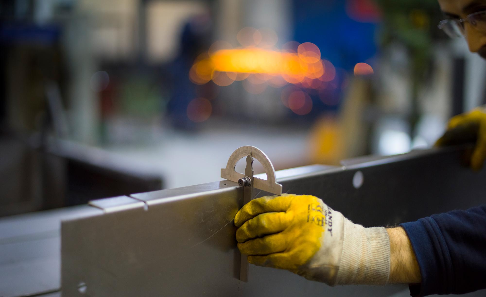 Verpackungsmaschinen-Herstellung-und-Service-Schlichter