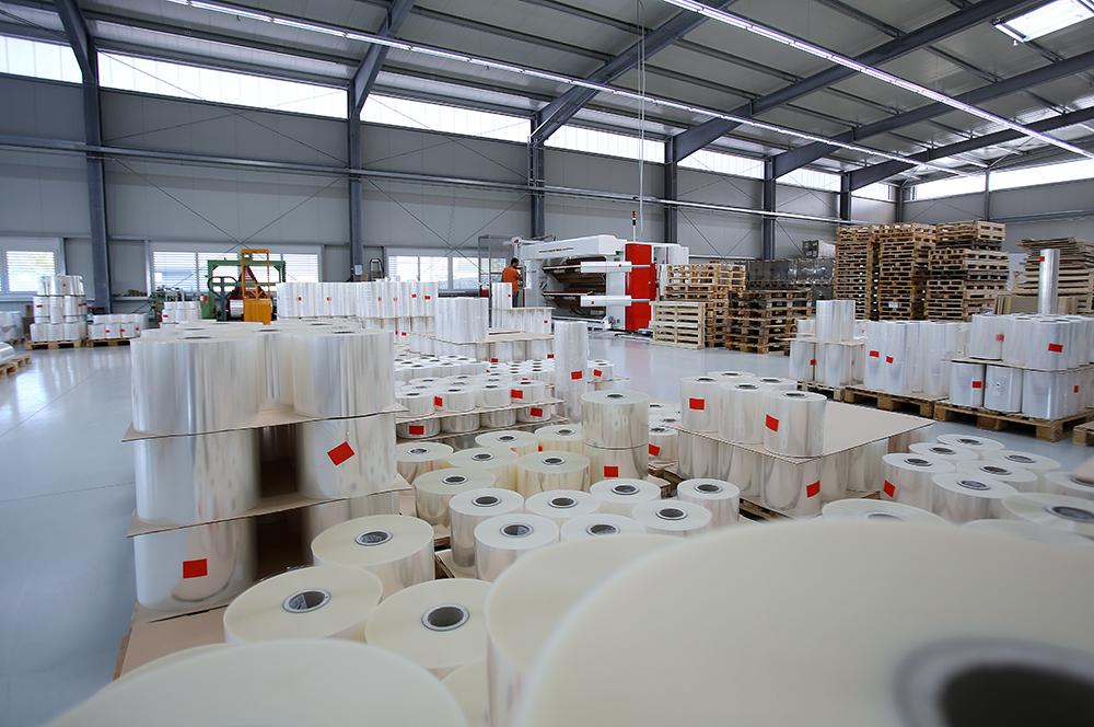 Schlichter-Verpackungssysteme-Folienkonfektion-Folienherstellung Feinschrumpffolie Verpackungfolie Polylefinfolie